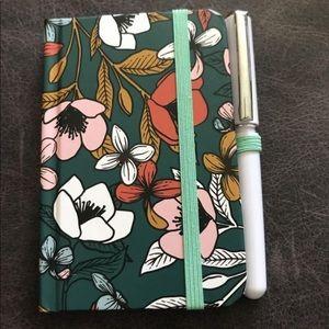 🆕 Starbucks Mini notebook with pen